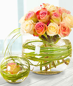 glass vase pair arrangement with pink and cream ro