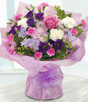 New Princess Bouquet - Bouquet Of Flowers - eFlorist.co.uk