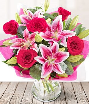 rose and lily pink roses pink lily send flower bouquets