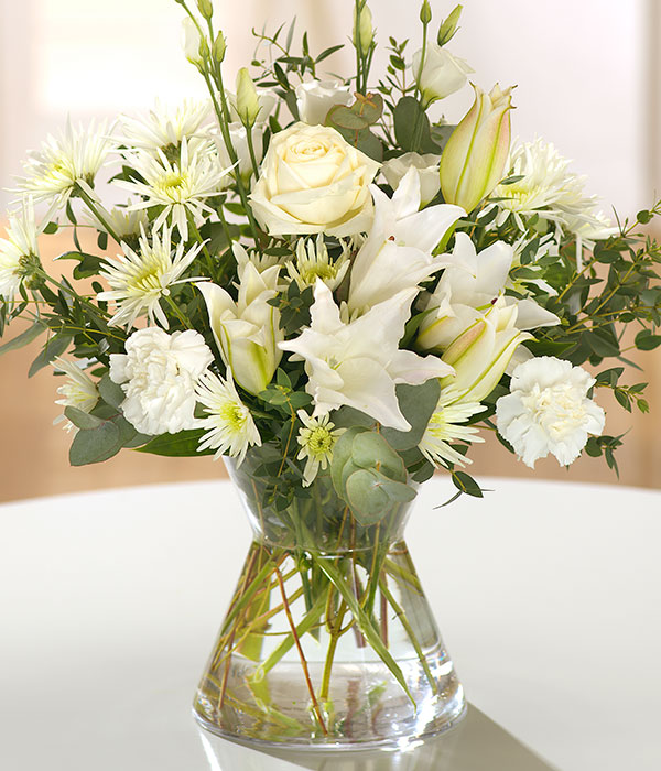 beautiful white ivory and cream flowers same day