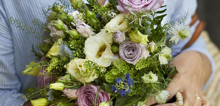 £30 - £40 Flowers